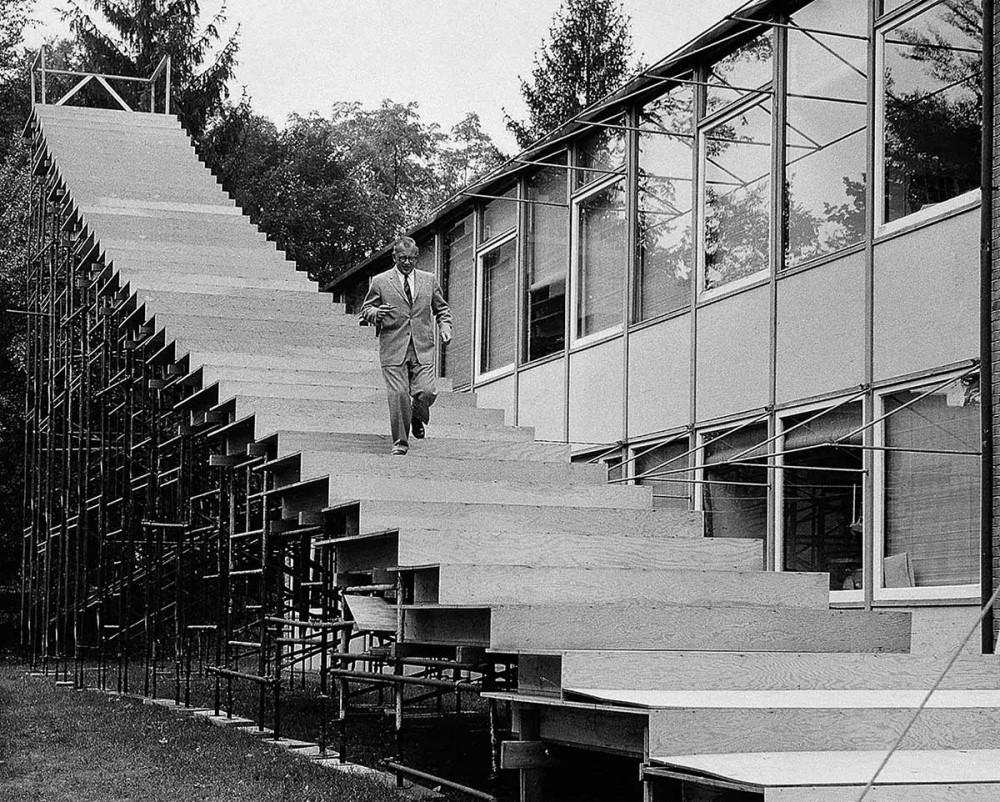 005 Eero Saarinen Walking Down The Mock Up Stairs For The Saint Louis Gateway Arch Image By Balthazar Korab 1950S