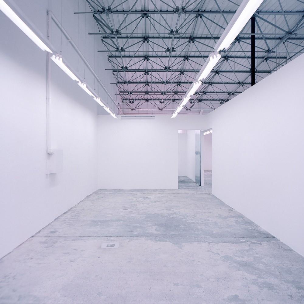 039 Ten Lager Eugster Belgrade Gallery Interior